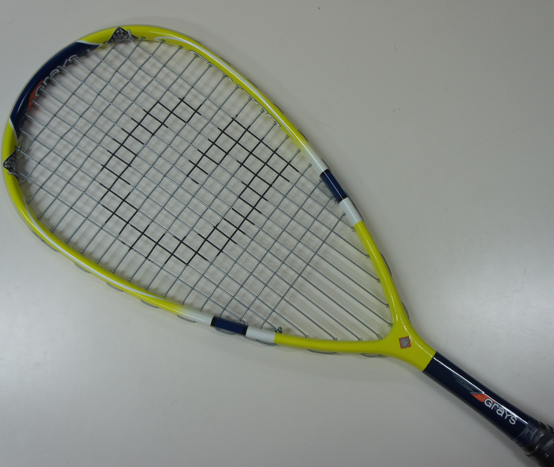 GRAYS High Quality Full Graphite Squash Racquet GSX 700 (190 grams), Strung